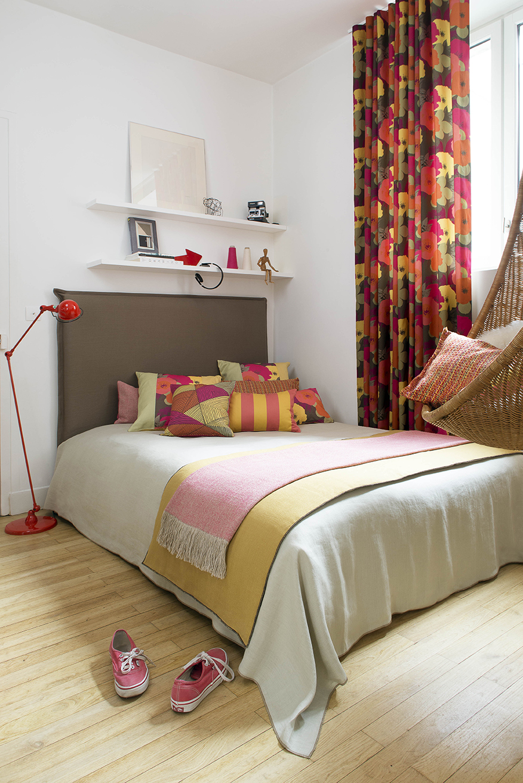 weiche teppiche gemutliche kissen kuschelige decken schone wohnaccessoires machen das schlafzimmer zum entspannenden ruckzugsort